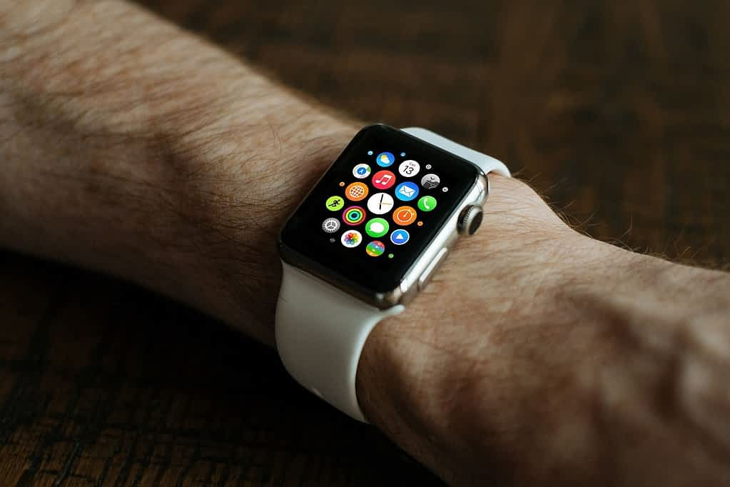 How to unlock iPhone with Apple Watch? Apple Watch