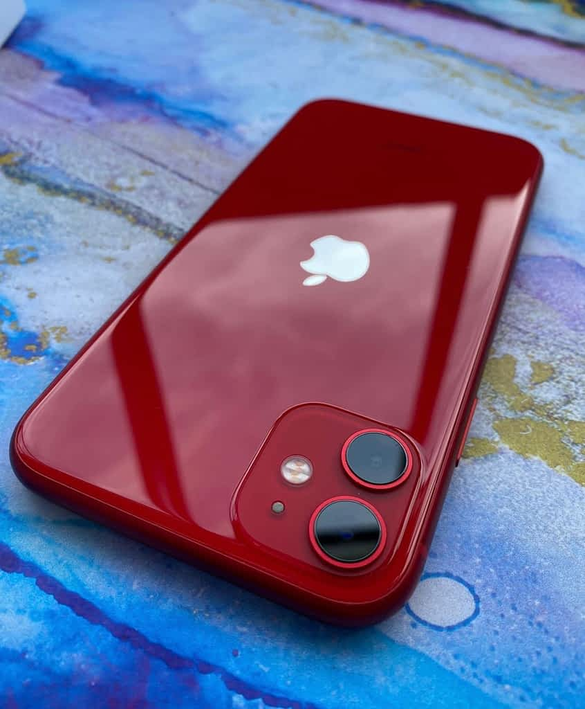 iPhone 11 complete review Design
